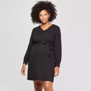 ❤❤Host pick❤❤ Maternity Tie Front Long sleeve!
